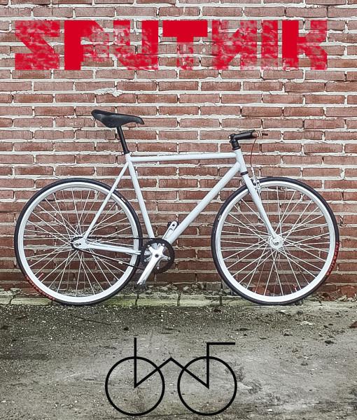 wootbikes sputnik poster left